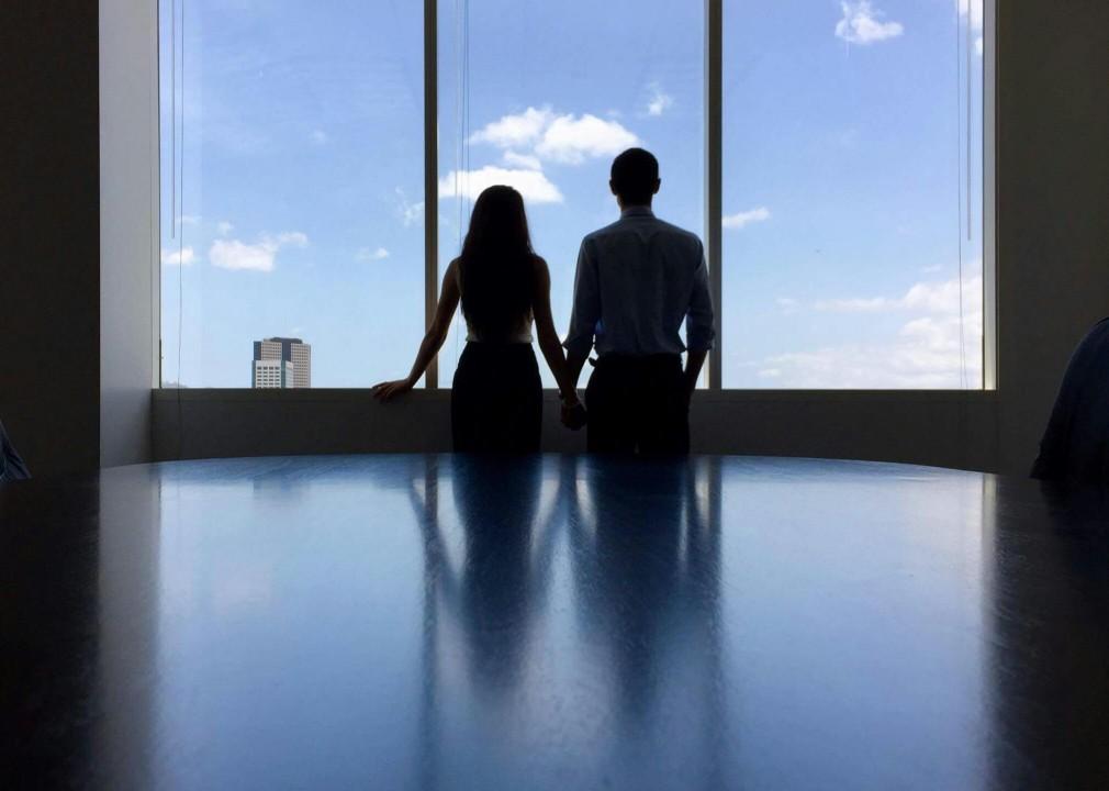 38e437ea52ea547956ff6a97b70846b6c7e4b4a1 office romance
