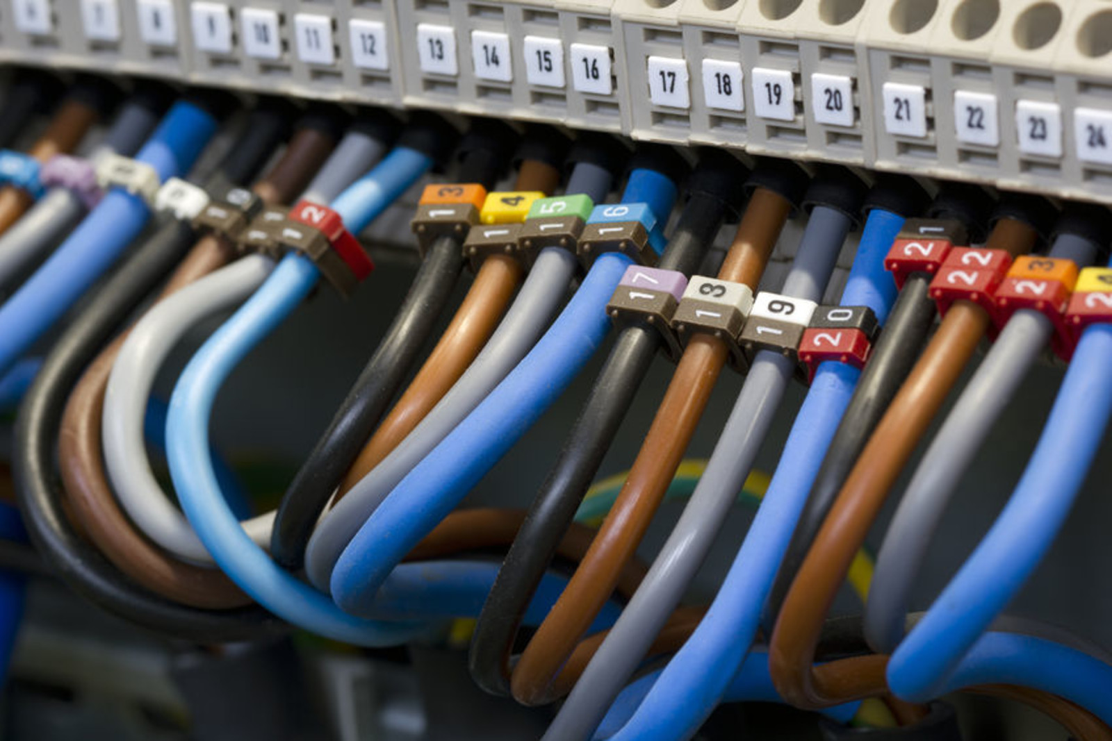 Are you having problem setting-up, installing or making your cable, cords &  wiring work? We understand that there's no such thing as technology that ...